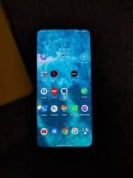 Motorola one hyper novinho