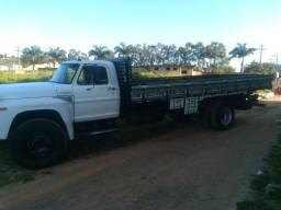 Título do anúncio: Camião ford f14000