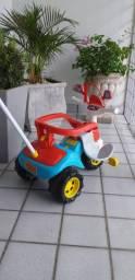 Triciclo semi-novo