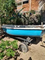 Barco de fibra c/ casco duplo