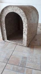 Título do anúncio: Casa de Pet, casinha de cão usada, em boas condições