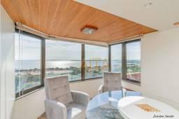 Apartamento com 3 dormitórios para alugar, 117 m² por R$ 3.300,00/mês - Praia de Belas - P