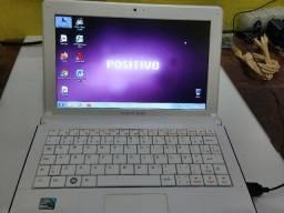 "Título do anúncio: Netbook positivo mobo 10"" 2GB de memória 500GB de HD formatado teclado novo bateria boa"
