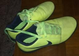 Chuteira Nike Phanton 33
