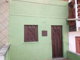 Casa com 3 vãos Próx. a ASA . Valor do Aluguel é $ 250,00 por 30dias