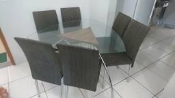 Conjunto de mesa 6 cadeiras usado
