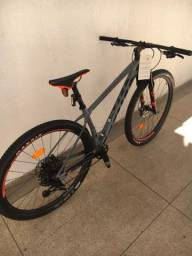 Bicicleta scott scale 910 tamanho 17