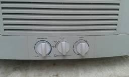 Ar condicionados com garantia de quatro meses