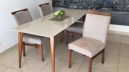 Mesa de jantar 6 lugares e 4 cadeiras com 1 ano de uso - Oportunidade!!!