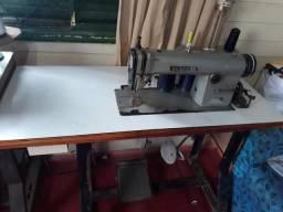 Máquina de costura retrô indústrial