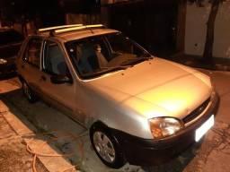 Ford Fiesta 2001 sete rocan - 2001