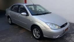 FORD FOCUS 2004/2005 2.0 GLX 16V GASOLINA 4P AUTOMÁTICO - 2005