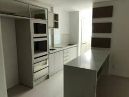 Apartamento de alto padrão no bairro Cabeçudas em Itajaí
