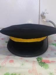 Quepe militar preto antigo tamanho 57 marca Magalhães sucupira