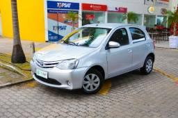 Toyota Etios 1.3 X - Muito novo - 2015