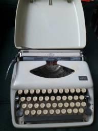 Relíquia (máquina de escrever)