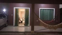 Aluga- se excelente casa duplex em Benevides