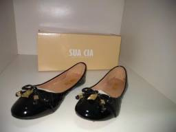 Sapatos Petite Jolie e Sua Cia