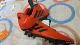 Chuteira Adidas N°39