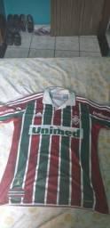 f5708acb2537e Camisas e camisetas no Brasil