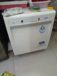 Máquina de lavar prato