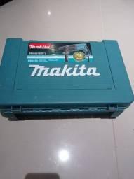 Martelete Makita 800wats original .