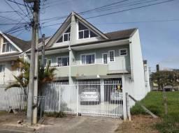 Sobrado para Venda em Curitiba, Uberaba, 3 dormitórios, 1 suíte, 3 banheiros, 3 vagas