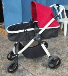 Carrinho de bebê marca burigotto