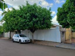 Casa à Venda na Vila Margarida 400m2 de terreno - Ourinhos/SP