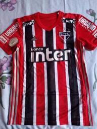 Camisa são Paulo 2021 listrada.