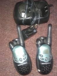 Título do anúncio: Vendo um par de rádio HT Motorola