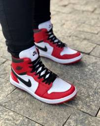Título do anúncio: Tênis Nike Jordan Retrô