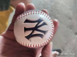 Bola basebol Yankee Stadium 2009