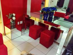 Aparador e mesa de centro espelhados