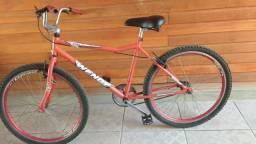 Só sair pedalando ! Bike aro 26 !! Aros de alumínio !