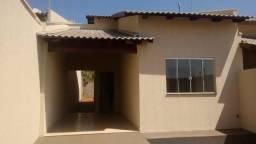 Casa 2 Qts com suíte, na região do setor Garavelo com entrada média R$8.900,00