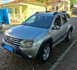 Duster 1.6 manual - 2013 Couro - 2013