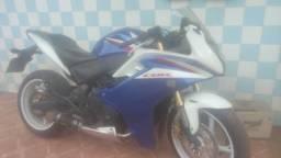 Honda CBR 600 ano 2012/2013 4km rodados - 2012