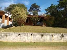 Casa Pé na Água Cond. ACM Represa Itupararanga