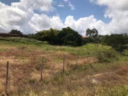 Venda de terreno em Condomínio fechado, ótima localização, em Gravatá