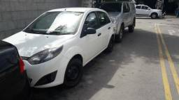 Fiesta 2012 basico R$8500 - 2012