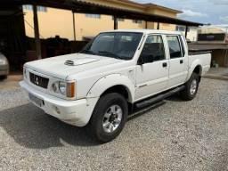 Mitsubishi L200 GLS 2.5 4X4 CD Diesel ano 2005 - 2005
