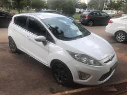 Ford New Fiesta 12/12 - 2012