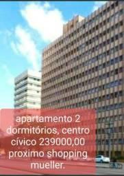 Lindo apartamento no centro cívico