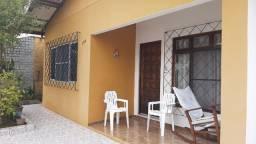 Vendo casa com 2 dormitórios em Balneário Camboriú
