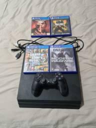 PlayStation 4 pro com 4 jogos e 1 controle