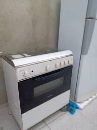 Título do anúncio: Fogão e geladeira usados