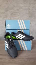 Título do anúncio: Chuteira Adidas Predator Society