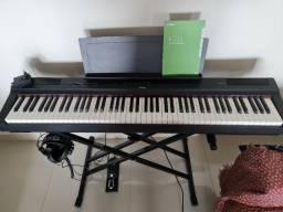 Piano digital Yamaha P-125