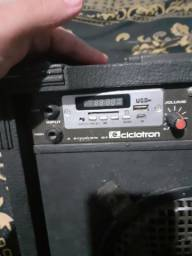 Vendo amplificador de guitarra funciona perfeitamente